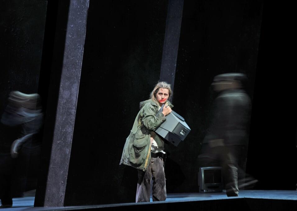 Bühnenbild-NATIONALTHEATER-MANNHEIM-Super-Flumina-Anne-Neuser