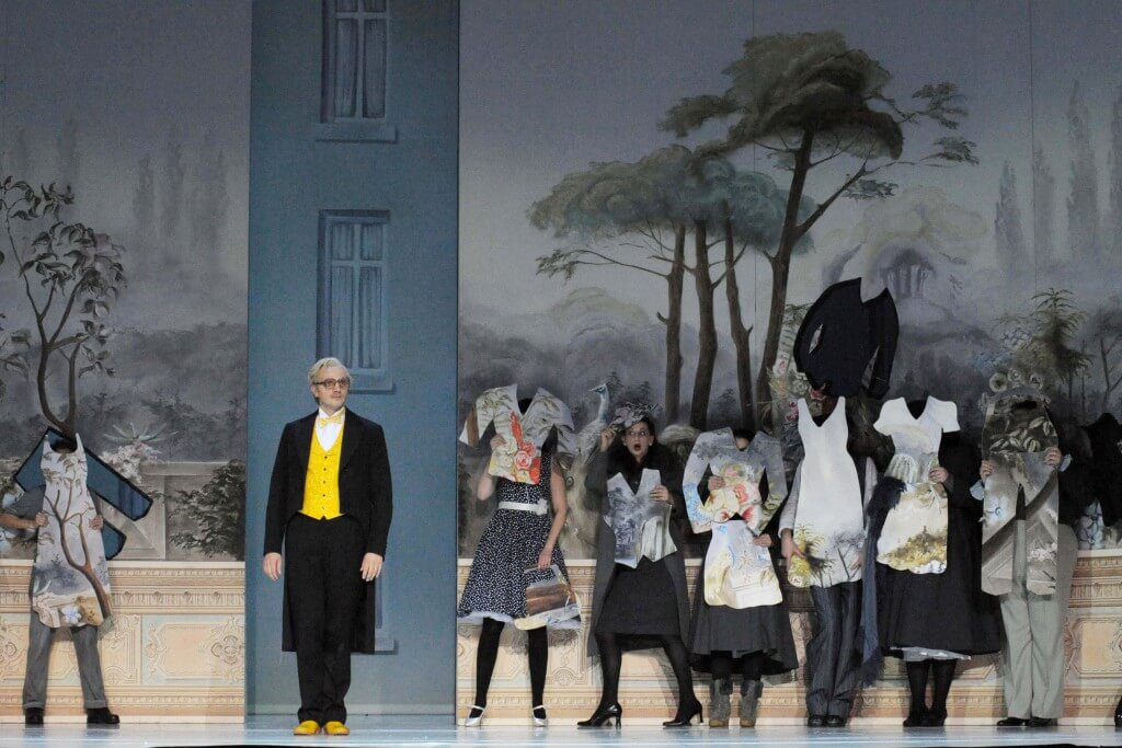 Bühnenbild-OPER-BONN-Pariser-Leben-Anne-Neuser